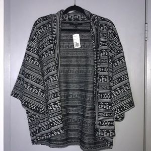 NWT Forever 21 short sleeve cardigan, size L